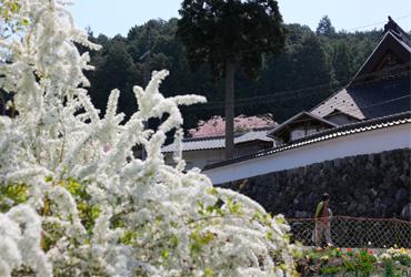 金花山宝泉寺までの交通アクセスについて